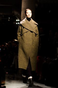 Unique coat style - Kenzo Fall/Winter  2014
