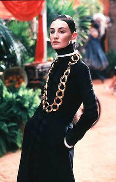 1998-99 - Galliano 4 Dior Couture show - Erin O'Connor