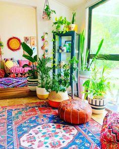 Boho bedroom decor hippie bohemian style plants 57 - Hippie home decor Diy Home Decor Rustic, Hippie Home Decor, Bohemian House, Bohemian Living, Bohemian Style, Hippie Bohemian, Bohemian Lifestyle, Modern Bohemian, Apartment Decoration