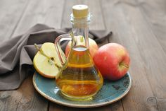 Apple cider vinegar is fermented apples and water. It is a wildly popular ingredient used in natural health remedies, whether for managing health conditions or aiding weight loss. Learn more about the scientific research behind apple cider vinegar. Psoriasis Remedies, Apple Health Benefits, Apple Cider Benefits, Health Remedies, Home Remedies, Natural Remedies, Natural Treatments, Herbal Remedies, Body Creams