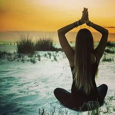Can yoga increase flexibility? When you started your yoga practice, you likely had weight loss or tension release in mind. Namaste Yoga, Yoga Meditation, Rachel Brathen, Let It All Go, Massage, Yoga Photos, Beach Yoga, Spiritual Gangster, Spiritual Quotes