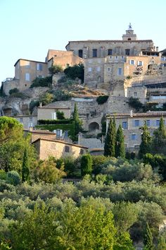 VAUCLUSE - Gordes is a commune in the Vaucluse département in the Provence-Alpes-Côte d'Azur region in southeastern France