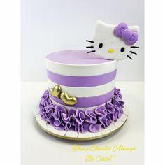 Hello Kitty Birthday Cake Hello Kitty Torte, Torta Hello Kitty, Hello Kitty Birthday Cake, Girly Cakes, Fancy Cakes, Cute Cakes, Cake Designs For Girl, Love Cake, Creative Cakes
