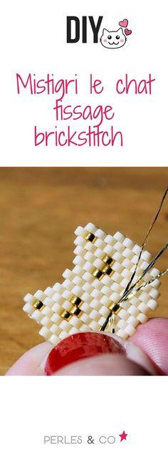 Comment réaliser une tête de chat en tissage brick stitch? Les chats ... Tout le monde craque dessus surtout quand cette jolie boule de poils se nomme Mistigri ! Alors pour les fans de chats, Victoire vous propose de tisser ce chat très mignon. Vous pourrez ainsi confectionner une broche avec des perles Miyuki Delicas en utilisant avec la technique du Brick Stitch! #diy #brickstitch #tissage #tuto #miyuki #perles