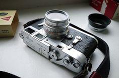 8 element, version 1 Leica Summicron 35mm F2. by -R.O.Y.G.B.I.V.- #flickstackr  Flickr: https://flic.kr/p/FkoQdL