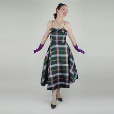 50s Iridescent Green Plaid Taffeta Circle Skirt by denisebrain