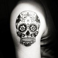 "My work ..i did yesterday night - session for Tobias Lindwall ""A Mexican Skull "" #ink #tattoo #armtattoo #shouldertattoo #skull #mexicanskull #mexicanskulltattoo #mexikansktdödskalle #skulltattoo #pinterest #thierrylessa #learning #kurosumi #kurosumiink #Dynamicink #swissmachine #cheyennehawk"