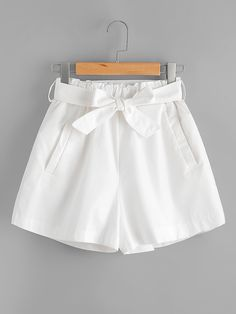 Shop Shirred Waist Shorts With Belt online. SheIn offers Shirred Waist Shorts With Belt & more to fit your fashionable needs. Teenage Girl Outfits, Teen Fashion Outfits, Teenager Outfits, Edgy Outfits, Short Outfits, Summer Outfits, Short Dresses, Cute Comfy Outfits, Cute Girl Outfits