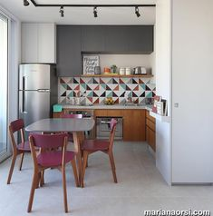You finally have that home to call your own. There are so many different small kitchen design and decor… Continue Reading → Interior Design Kitchen, Kitchen Decor, Kitchen Ideas, Kitchen Layout, Kitchen Designs, Deco Studio, Sweet Home, Small Apartments, Small Spaces