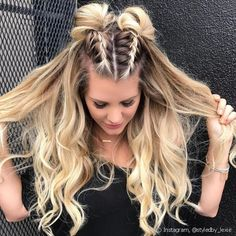 24 Super Easy Quick hairstyles for all hair lengths 24 Super E . - 24 super easy quick hairstyles for all hair lengths 24 super easy quick hairstyles for all hair lengths # hairstyles for every length # bun for long hair Medium Hair Styles, Curly Hair Styles, Hair Medium, Braids Medium Hair, Braided Long Hair Styles, Side Braid Hairstyles, Hairstyle Ideas, Updo Side, Cute Hairstyles For Medium Hair