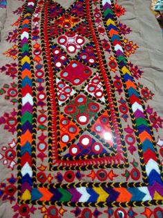 Traditional balochi embroidery and glass work available on lawn and cotton fabric unstitched. Embroidered shirt - Embroidered dupatta - Embroidered trouser - Dm for price and further details. Embroidery On Kurtis, Hand Embroidery Dress, Kurti Embroidery Design, Embroidery Works, Indian Embroidery, Hand Embroidery Stitches, Hand Embroidery Designs, Embroidery Techniques, Applique Designs