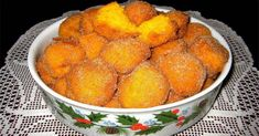 Sonhos de Abóbora - Ficam tão fofinhos e douradinhos... New Recipes, Sweet Recipes, Snack Recipes, Cooking Recipes, Favorite Recipes, Portuguese Desserts, Portuguese Recipes, Portuguese Food, Xmas Food