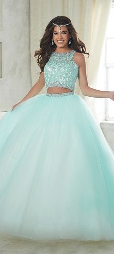 Look at classified quinceanera dress Xv Dresses, Quince Dresses, Grad Dresses, Ball Gown Dresses, Gown Skirt, Blue Dresses, Wedding Dresses, 2 Piece Quinceanera Dresses, Prom Dresses Two Piece