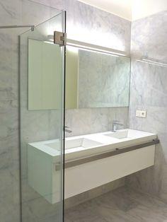 Baño grande: mármol macael