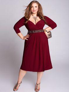 Stunning textured belt on plus sized Loren dress