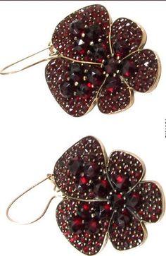 -Bohemian garnet (Czech) earrings