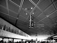 """J.      (Narita Airport in Japan.) : Title.  J.  (Narita Airport in Japan.)                       Narita , Japan, shot  2013 ..............  6  / 6 ... / 6  (Today's photograph.It is unpublished.)                image. """"Hey Alli (Acoustic)"""" by Runner Runner http://youtu.be/5DBaEpn9QnU      Supplement.  The photography period of Paris.  The day which left Japan.2012.July 21.  The day which arrived to Japan.2012.July 26.   Quantity of a photograph.  Not less than 35 GB.  (No RAW . P"""