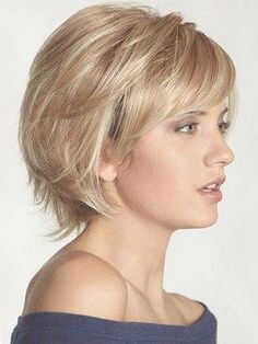 Chic Kurze Haare Ideen für Stilvolle Damen | Haarschnitte, Damen ... | Frauen Haare |