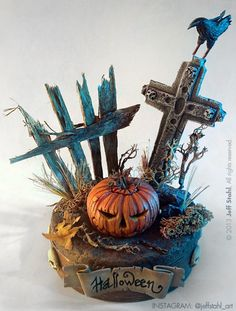 halloween_miniature_diorama_by_jeff_stahl Here's a great miniature Halloween Jack O' Lantern tutorial by Jeff Stahl. He's used it as the nicely creepy centre in a Hallowween themed diorama. Because the pumpkin is painted,… Halloween Diorama, Halloween Fairy, Fete Halloween, Halloween Miniatures, Halloween Village, Halloween Jack, Halloween Projects, Halloween Decorations, Haunted Dollhouse