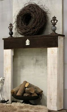 Kaminumrandung-Shabby-Antik-Weiss-Braun-Kaminkonsole-SHABBY-Dekokamin-Kaminsims  #antik #braun #kaminkonsole #kaminumrandung #shabby #weiss Fireplace Console, Fake Fireplace, Modern Fireplace, Fireplace Mantels, Shabby Vintage, Coral Accent Walls, Diy Crafts To Do, Christmas Mantels, Wood Projects