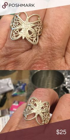 Vintage beautiful butterfly silver ring Silver vintage size 7 Jewelry Rings
