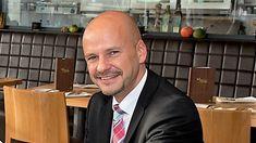 """Hoteldirektor Michael Mauersberger""""Weihnachten geben wir vielen Mitarbeitern frei"""""""