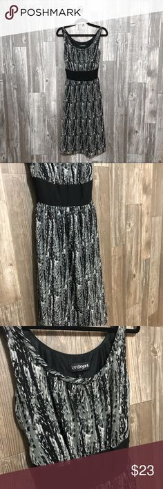 """Lane Bryant Dress Gorgeous Lane Bryant Dress! Comes to my ankles at 5'6. Size 16. Can be tightened more by the bow in the back. A gorgeous dress that would be perfect for the fancy occasion and dinner! Great condition.  Measurements: Armpit to Armpit- 17"""" Length- 36"""" Lane Bryant Dresses"""