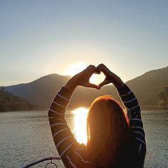 #douroavela #picoftheday #douroriver #dourovalley #visitportugal #picoftheday #douro #traveltheworld #wine #dreams #love #tour #boats