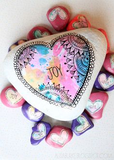 alisaburke: valentine stones - love this idea for crafts with kids while traveling. Watercolors, marker, scissors, modge podge, paintbrushes. Easy souvenir or leave behind.