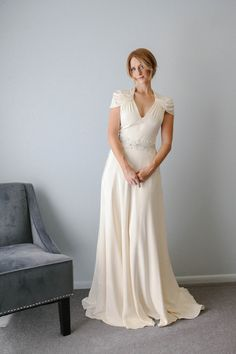 Cap sleeve wedding dress from Jenny Packham  Modest Wedding dress