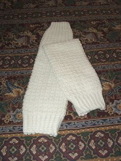 @Leanne D: thought you might like this pattern - Free crochet pattern: Draft Dodger Legwarmers