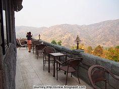 ร้านโมอาย เขาค้อ  ชาหญ้าหวาน,เสต็กปลาแซลมอล,พอร์คชอฟ,สปาเก็ตตี้ซอสเห็ด  http://journey-trip-review.blogspot.com/2014/03/moai-khao-kho-coffee.html  ครัวโม่งเม่ง ... อำเภอเขาค้อ เพชรบูรณ์  http://www.bloggang.com/viewdiary.php?id=tuk-tukatkorat&month=09-2011&date=23&group=20&gblog=36