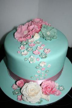 Pretty floral 80th birthday cake Celebration Cakes Pinterest