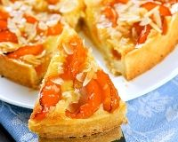 Desserts: Slice of fresh baked apricot and almond pie dessert Sweet Recipes, Cake Recipes, Dessert Recipes, Gateau Cake, Pasta Sauce, Desserts With Biscuits, Sweet Tarts, Pie Dessert, Food Humor