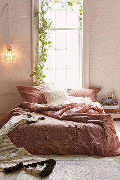 54 ways to paint your bedroom!