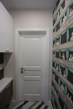 Les toilettes. Toilet. WC. Санузел. Designer Darya Belaya. Конвейерный ремонт. Белая дверь.