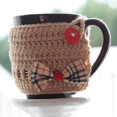 LittleThinkerbell: Burberry inspired {Mug Warmer} for Burberry lover - with tutorial