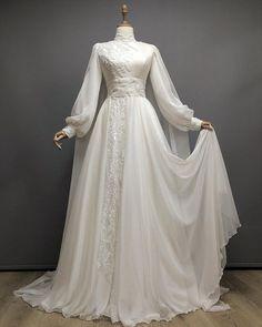 Muslim Wedding Gown, Wedding Dress Bustle, Muslimah Wedding Dress, Muslim Wedding Dresses, Engagement Dresses, Modest Wedding Dresses, Bridal Dresses, Wedding Gowns, Lace Dress Styles