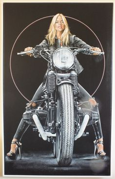 New female motorcycle rider cafe racers 43 Ideas Female Motorcycle Riders, White Motorcycle, Motorcycle Style, Lady Biker, Biker Girl, Futuristic Motorcycle, Cafe Racer Girl, Hot Bikes, Bike Art