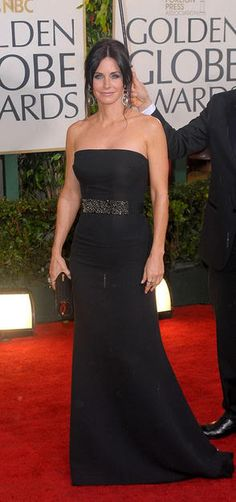 Courteney Cox 2010 Golden Globes #celebrities #celebrityfashion #redcarpet