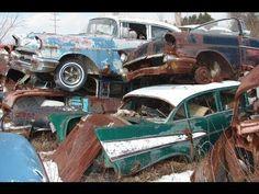 Huge Classic Car Junkyard - Wrecked Vintage Muscle Cars  .@Jorge Martinez Cavalcante (JORGENCA)