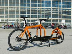 Bullitt cargo bikes look soooo strong but the esthetic is all wrong. Not a fan of the little wheel in the front