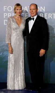 Monaco Princess, Prince And Princess, Royal Fashion, Star Fashion, Royal News, Prince Albert Of Monaco, Monaco Royal Family, Brazilian Women, Green Gown