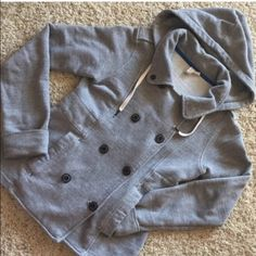 JACKET ELEMENT BEAUTIFUL GRAY ELEMENT JACKET WITH HOODIE. Super warm and soft. ✔️PERFECT CONDITIONS✔️❌No rips, holes or stains. ❌ No trades element Jackets & Coats Jean Jackets