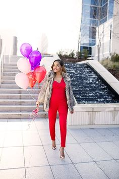 asks red jumpsuit- valentines day outfit ideas- zara metallic heels- asos faux fur jacket- how to wear jumpsuit- fashion blogger- black girl blogger- dallas blogger- fashion balloon photoshoot-red lips woman of color- blush pink jumpsuit