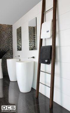Heated-wooden-towel-rails_1.jpg 800×1,280 pixels