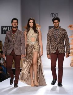 Brazilian model Izabelle Leite walked the ramp for designer Sulakshana Monga at the Wills Lifestyle Fashion Week 2014 #Style #Fashion #Beauty #WLFW2014 #Bollywood
