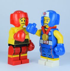 Lego Boxer fight with classic collectible boxer and Brawny Boxer. Original picture by me Uk Vs Usa, Lego Pictures, Team Gb, Legoland, Minions, Boxer, Superhero, The Originals, Perler Beads