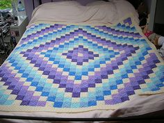 Ravelry: Project Gallery for Around the World Crochet Quilt pattern by Karen Buhr - FREE pattern!