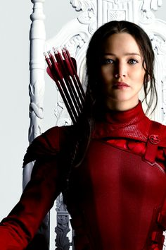 Don't know why but I'm kinda obsessed with katniss